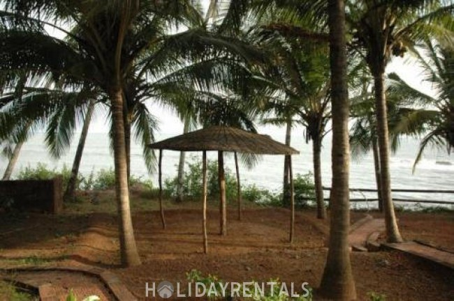 Stay Near Thottada Beach, Kannur