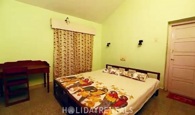 Hilltop Estate Villa near Thenmala, Kollam