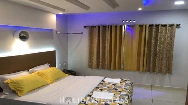Stay Near Munnar Flower Garden, Munnar