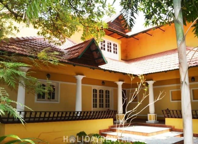 Panangad Homestay, Ernakulam