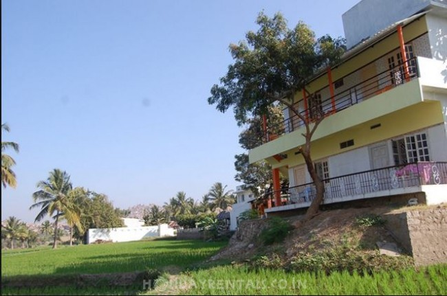 River and Garden View Rooms, Hampi