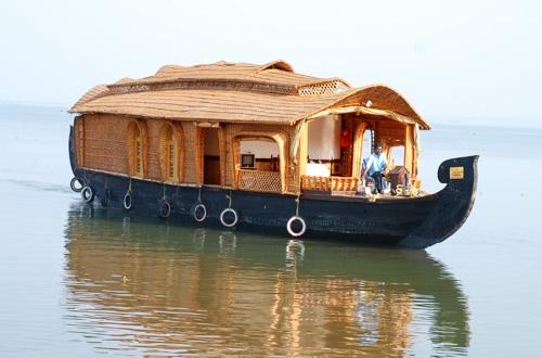 Star Houseboats, Kumarakom