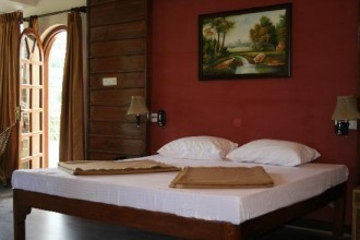 Maple Leaf Resort, Bhimtal