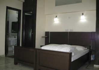 Peacock Serviced Apartment, Noida