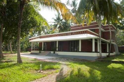 Vellayani Lakeshore Holiday Villa, Trivandrum