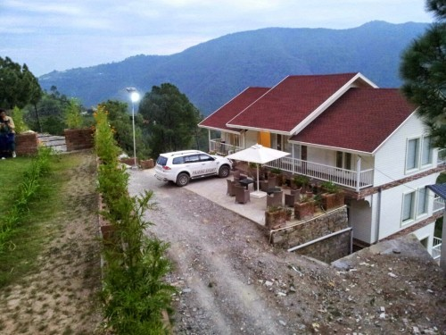 Snowvale Cottage 4BHK, Chail