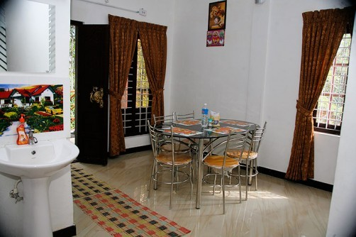 Misty Holiday Home, Munnar