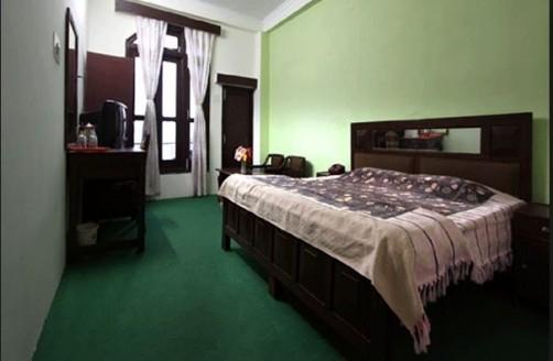 Shining Star Resort, Khajjiar