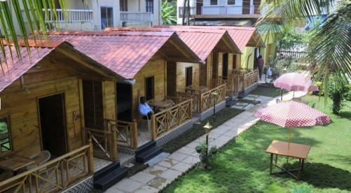 Lavish Wooden Cottages in Candolim, Candolim